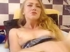 candysquirtz amateur record on 07/11/15 09:25 from MyFreecams
