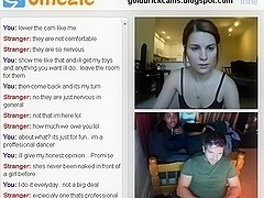 Omegle Hottie shows her pussy