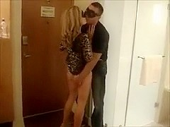 Hawt wife picks up and makes vehement love with stranger