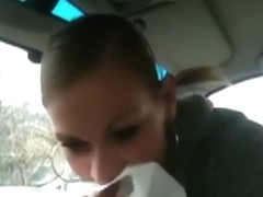 Dude picks up a streetgirl for a blowjob in his car and she gets a facial