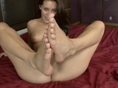 Gracie Glam uses her feet for a treat...Kyd