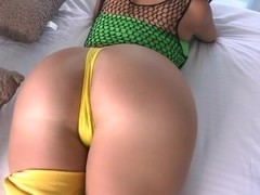 Her ass is really this big