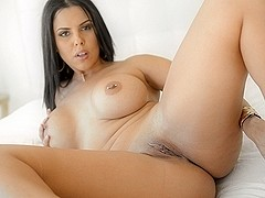 Diamond Kitty in Big Tits Eager Ass Video