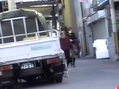 Hot Asian ass with no panties on sharked at the parking lot