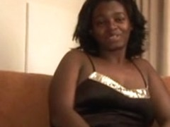 Horny ebony MILF fucked in her old cunt by white cock