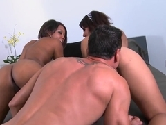 Two chicks are being fucked by Marco Banderas