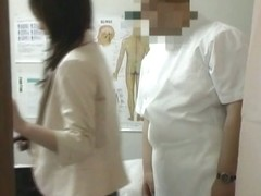 Japanese massaged and required to stretched nub on spy cam