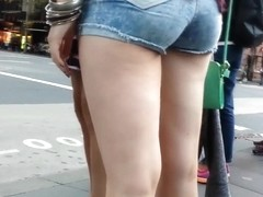 Bare Candid Legs - BCL#102