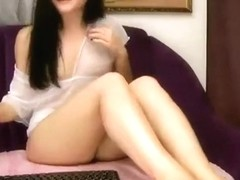 Record private chat with the model Kerie