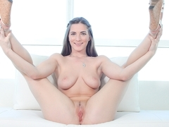 Molly - CastingCouch-X