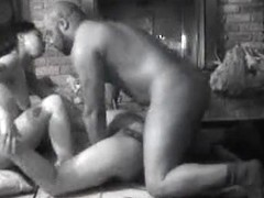 Great homemade sex tape with some Ebony threesome action