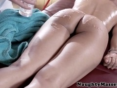 Busty massage babe I### Love pussyfucked