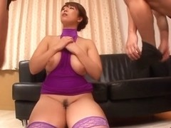 Nao Nazuki in Mama Body Conscious on Parents Day part 2.2