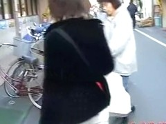 Tantalizing oriental brunette gets caught off the guard during street sharking