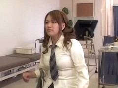 Teen Jap squirts during a kinky and hot gynecologist exam