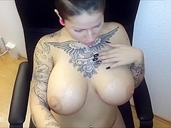 I'm sucking cock in the big natural tits homemade video
