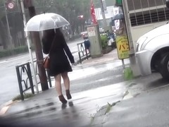 Fetish asian urinating