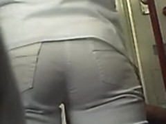 blonde ass in metro whit hells