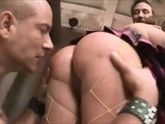 Shaved pussy nice