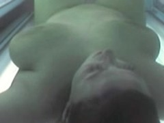 Voyeur bare hotty in Ostrava solarium FULL visit Part 005