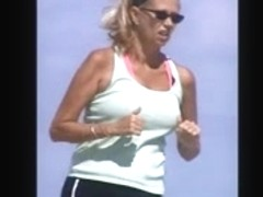 beach milf spy jiggly tit slow motion 56