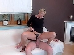 Daynia - After fucking cum in throat fingers in pussy?