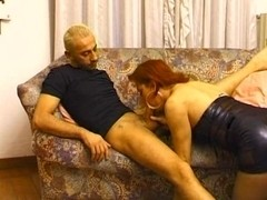 Redhead Tslut fucked on the floor