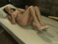 Adrianna Luna is Back in all Her sexy Hot Banging body Glory