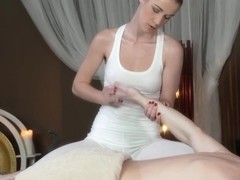 European erotic masseuse gives full treatment