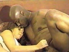 wife mounts dark fella in hotel