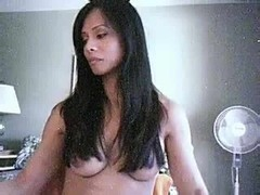 Legendary shemale plays on cam