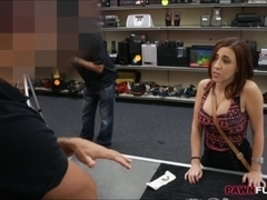 Nice boobs chick fucked for the chain she pawned