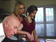 Horny Stepmom Leigh Darby and stepdaughter Stella Cox in threesome