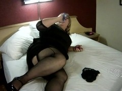 Danielle Dot plays with her Dildo