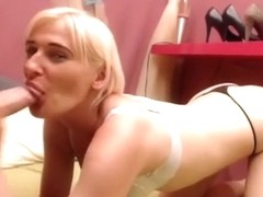hornebees private video on 06/06/15 12:01 from Chaturbate