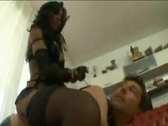 Amateur dude likes when tranny dominates