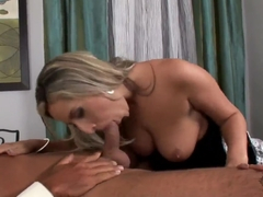 Lusty housemaid Daria Glower does amazing blowjob
