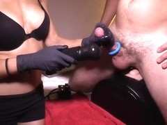 I'm getting a handjob in amateur fetish video clip