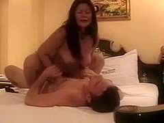 Worthwhile Chap Bonks Sexy Filipina mature I'd Like To Fuck in Hotel