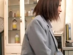 Japanese bitch in short skirt is examined in the gyno clinic