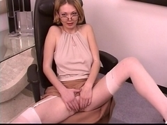 Aged leggy blond widens her glamorous twat at work