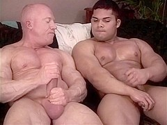 Daddy's muscle worship boy