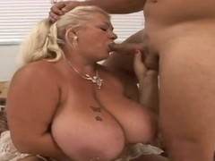 Mature Linda with gigantic tits sucks Jay