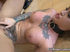 Kleio Valentien & Ramon Nomar in Evil Squirters Video