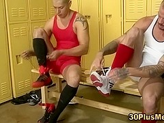 Facialized stroking stud