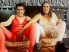 Granny s lesbo en web camera two