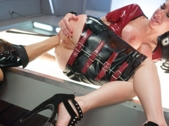 Hottest gaping, anal adult movie with fabulous pornstars Veronica Avluv and Francesca Le from Ever.