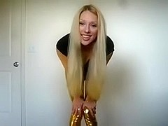 Blond bitch in spandex shiny tight leggins
