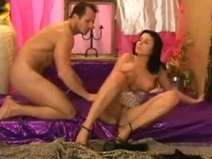 Kama Sutra Couple's Guide (4 of 4)