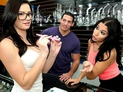Tony Martinez & Dylan Daniels & Kymberlee Anne in Pass the pussy - MoneyTalks